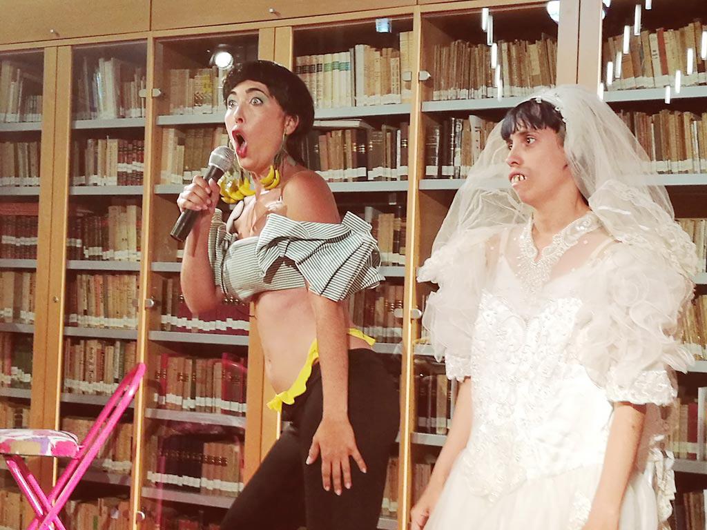 La Cía Milagros en el XXV Encuentro de la Red de Centros de Documentación y Bibliotecas de Mujeres. UyM y Violeta Asensio.