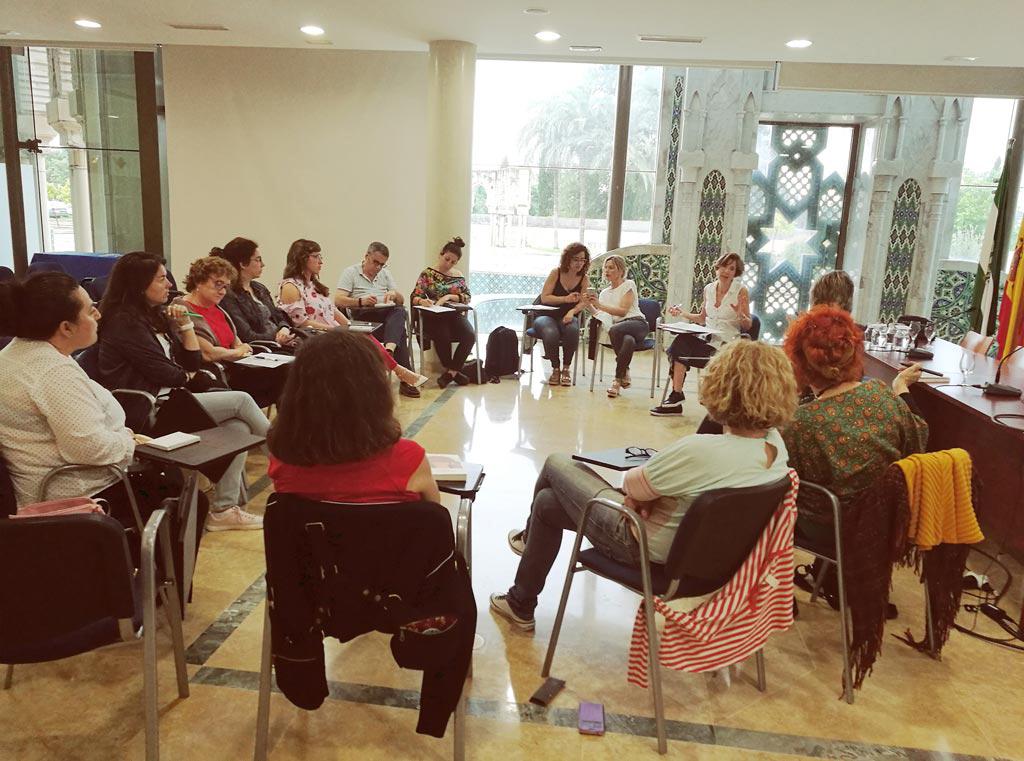 La Fundación Tres Culturas acoge el XXV Encuentro de la Red de Centros de Documentación y Bibliotecas de Mujeres. UyM y Violeta Asensio.