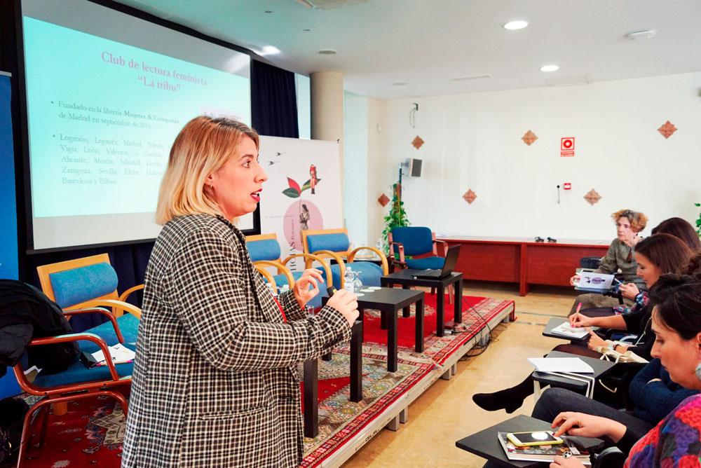 Carmen G. de la Cueva. Encuentro de Clubs de Lectura de Andalucía. Generando narrativas, compartiendo lecturas.